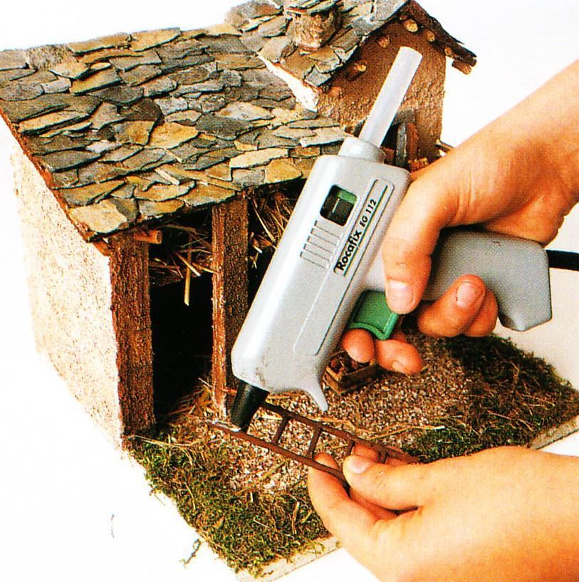 Costruire presepe artigianale 8 passaggio - Costruire un case ...