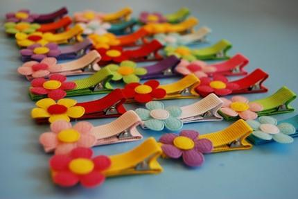 mollette-colorate-fiori-e-nastri