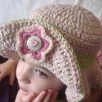 uncinetto-idee-cappello-bimba_0