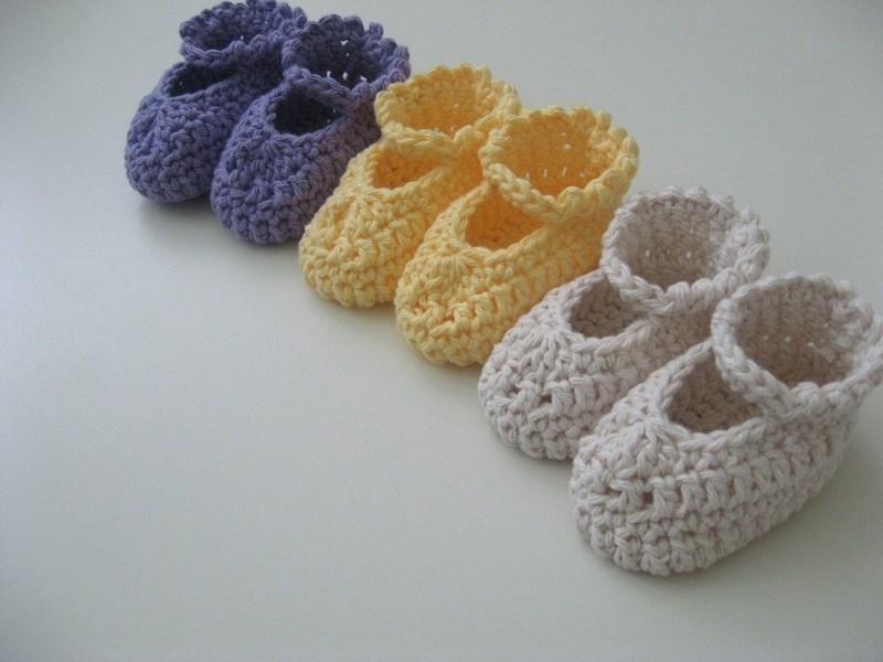 uncinetto-scarpe-bebe