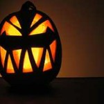 intagliare-zucca-halloween-lanterna