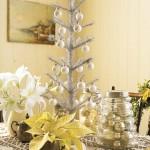 decorazioni-natale-albero-bianco-argento