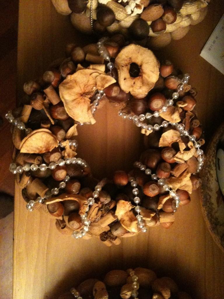 Decorazioni natale ghirlanda mele for Decorazioni fai da te per cucina