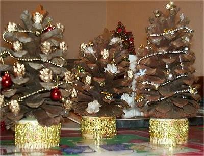 Lavoretti Di Natale Come Usare Le Pigne Idee E Suggerimenti