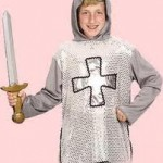 costume-carnevale-fai-da-te-cavaliere-argento