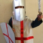 costume-carnevale-fai-da-te-cavaliere-crociato