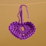 uncinetto-come-realizzare-cuore-pattern-viola