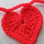 uncinetto-come-realizzare-cuore-rosso