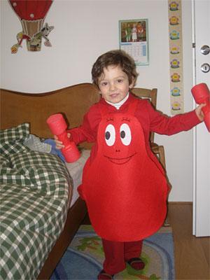 costume-carnevale-fai-da-te-barbapapa-rosso