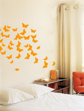 cameretta-bambini-adesivi-farfalle.jpg