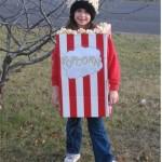 costumi-carnevale-fai-da-te-cartone-popcorn-bimba