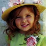 abiti-cerimonia-bambini-accessori-cappello-fiori