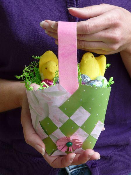 Pasqua cestini porta uovo fai da te for Porta uova