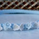 acconciature-prima-comunione-accessori-ghirlanda-azzurra