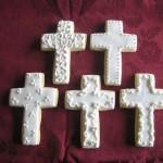 bomboniere-prima-comunione-biscotti-decorati-croce-bianca