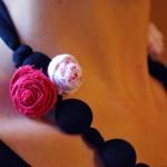 creazioni-fai-da-te-utilizzare-fiori-collana-stoffa