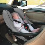 seggiolini-auto-guida-utilizzo-neonato