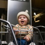 bebe-viaggio-aereo-carrello