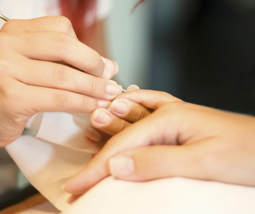 manicure-fai-da-te-mani