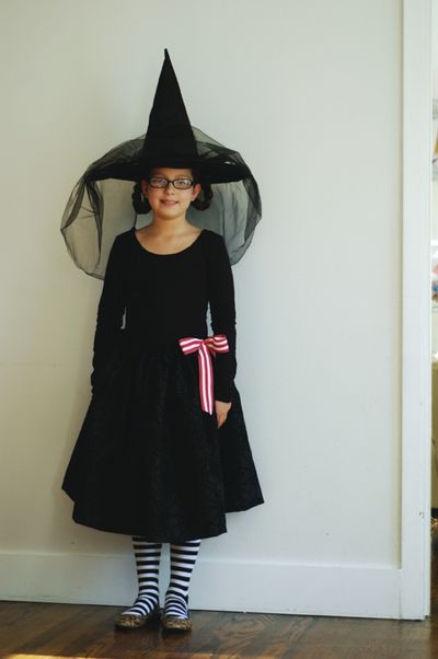 Estremamente Costumi di Halloween fai da te: la strega - Blogmamma.it  VI71