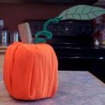 lavoretti-halloween-zucca-carta