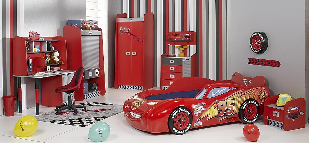 Arredare la cameretta dei bambini: il letto di Cars - Blogmamma.it ...