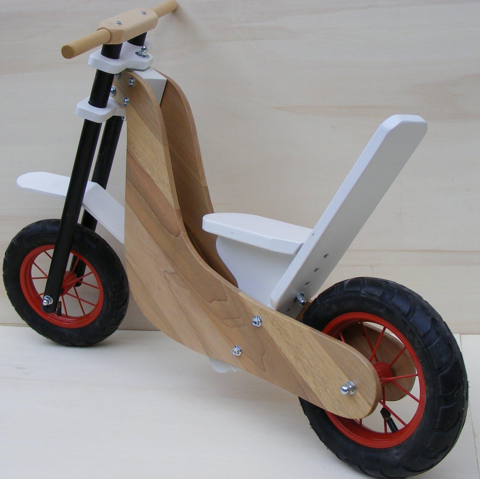 Regali di natale per bimbi tricicli e giochi cavalcabili for Regali di natali
