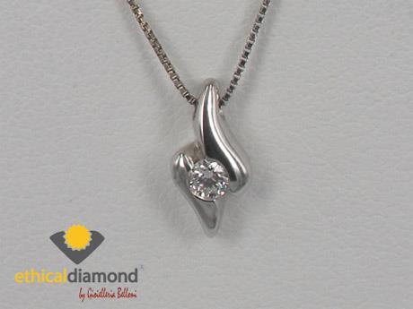valentino-solidale-diamante
