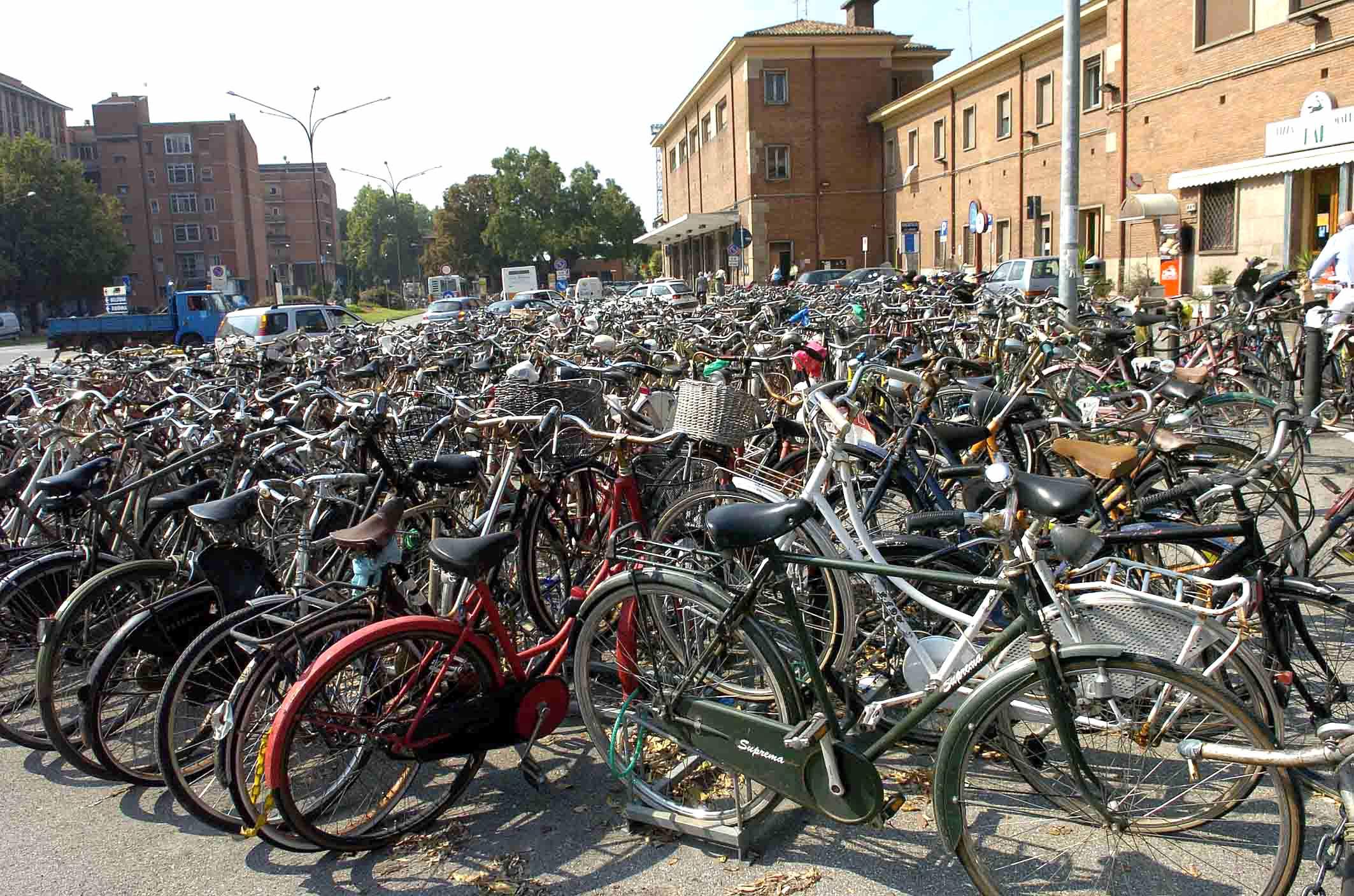 Bicicletta cosa dice il codice della strada blogmamma for Codice della strada biciclette da corsa