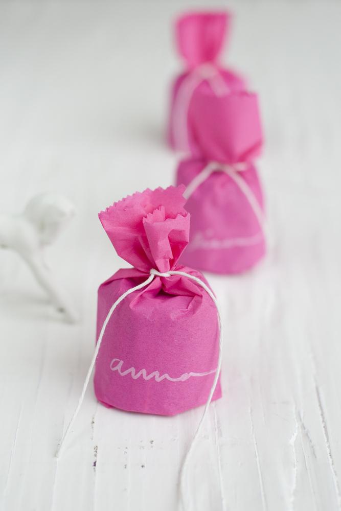 bomboniere con la velina rosa