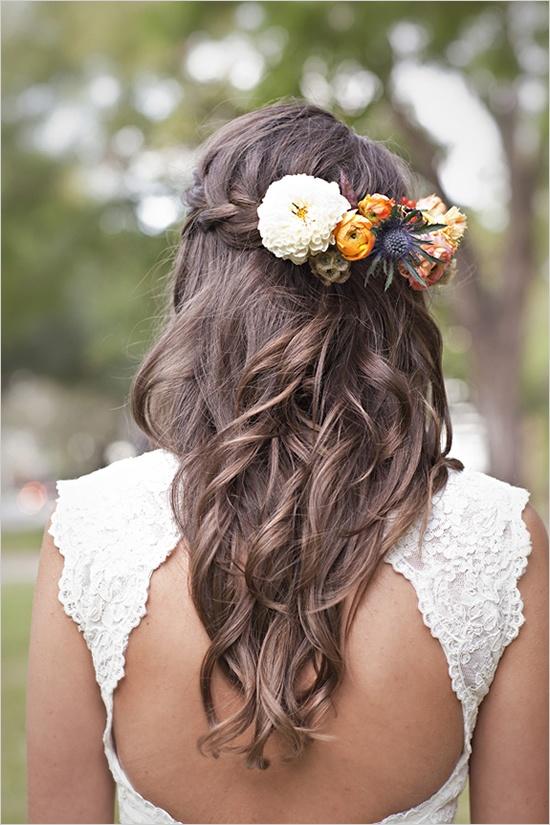 acconciature-capelli-lunghi-fiori