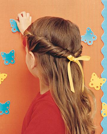 acconciatura per capelli lunghi facile