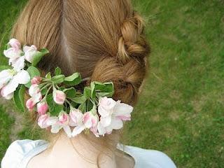 acconciature-comunione-fiore