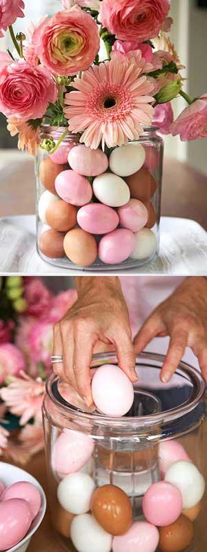 vaso con fiori e uova