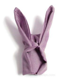 coniglietto di tovagliolo lilla