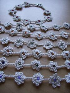 braccialetti uncinetto fiori