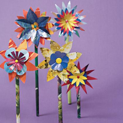 fiori con materiale di riciclo