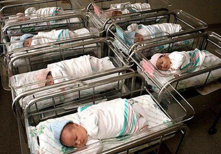 corredino neonato e mamma in ospedale