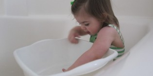 giocare con acqua