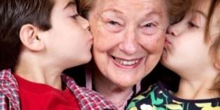 """Una baby sitter per i bambini? La carica delle """"nonne alla pari""""!"""