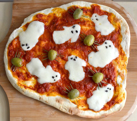 halloween-pizza-fantasmi