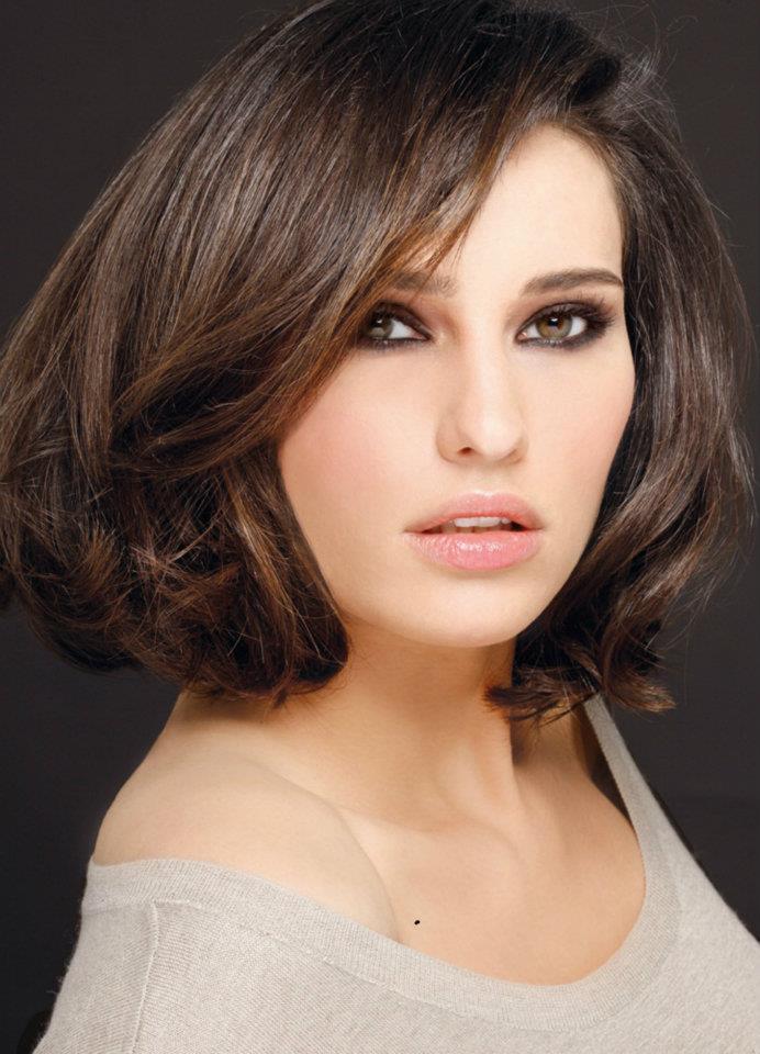 capelli-biguine-medio-taglio