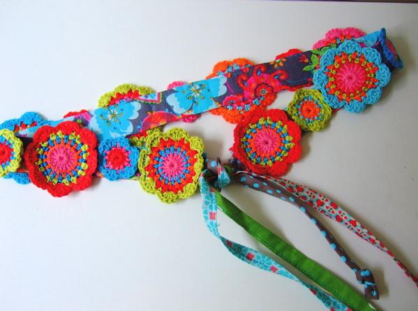 uncinetto-cintura-fiori