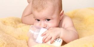 Se il latte materno non basta: il latte artificiale