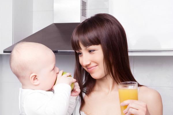 Allattamento_idratazione_mamme