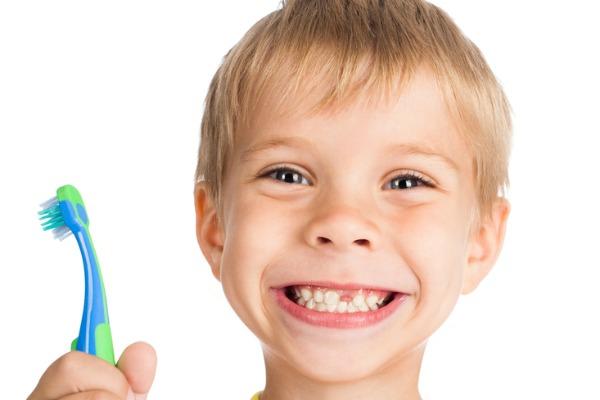 Dentifricio meglio del fluoro in gocce