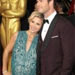 Elsa Pataky, insieme al marito Chris Hemsworth. Un super pancione. L'attrice è in attesa di due gemelli. Complimenti per il look!