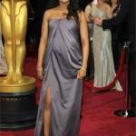 L'attirice Kerry Washington conferma la sua fama di mamma con stile! Guardate che look alla notte degli Oscar. Bellissima. Una vera mamma star!
