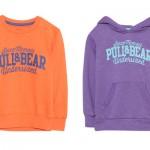 Colori shock anche per le felpe di Pull & Bear, per lui e per lei