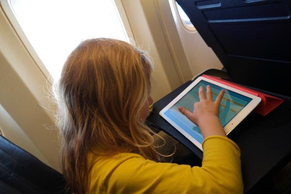 Intrattenere tuo figlio in aereo
